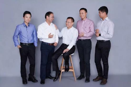 联想之星合伙人团队(左起:冷艳、陆刚、唐旭东、王明耀、李明)